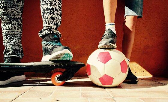 Les tous derniers skates electriques disponibles pour vous