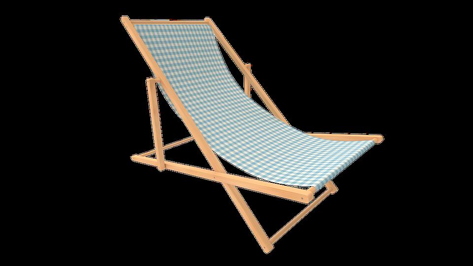 Profitons de l'été, allongés sur un fauteuil de jardin